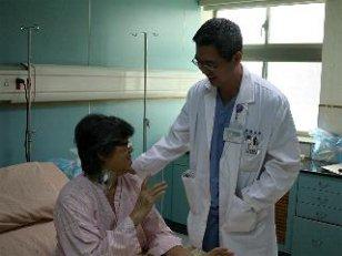 喉咙吞咽异物感 意外发现早期肺癌-健康| 数位嘉