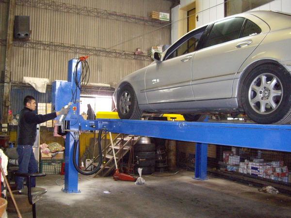 汽车电路修理厂图片
